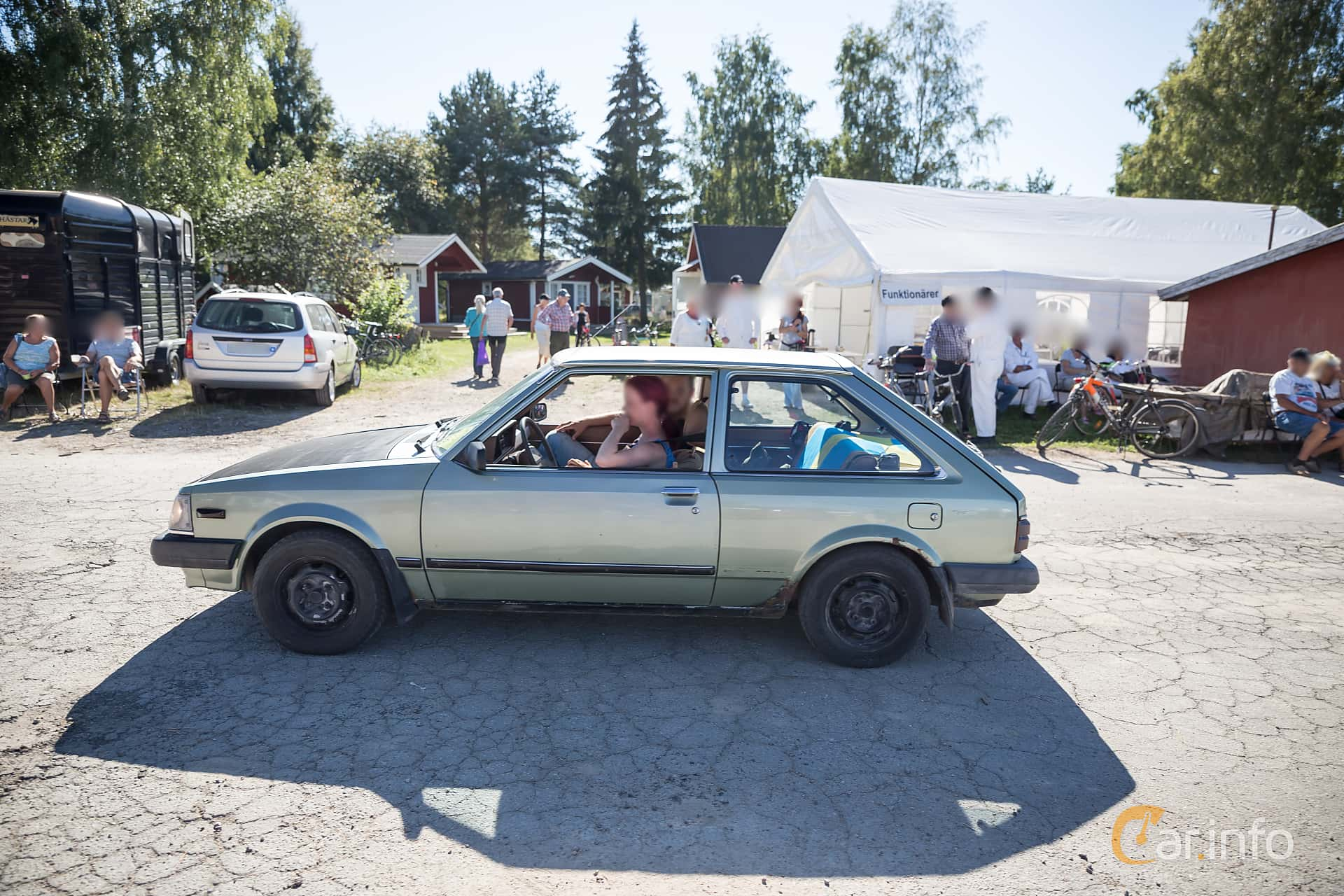 mazda 4 door hatchback manual