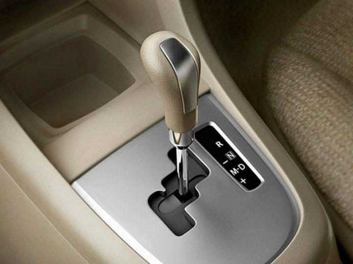 ev transmission manual vs automatic