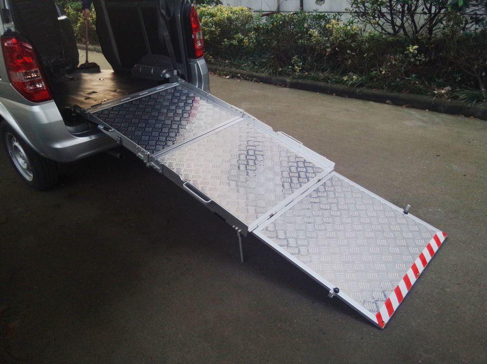 manual wheelchair lift for van