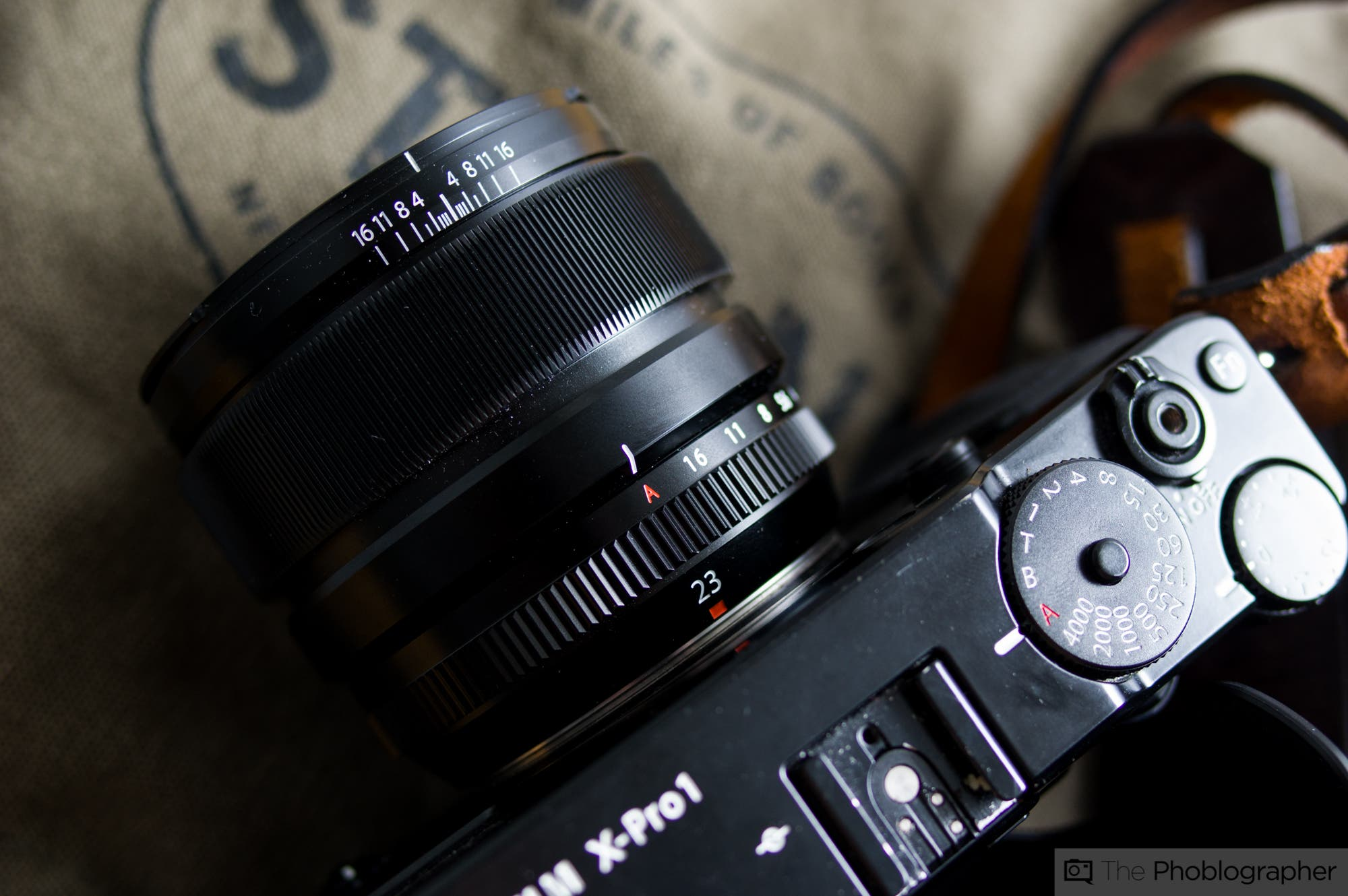 difference between autofocus and manual focus lenses