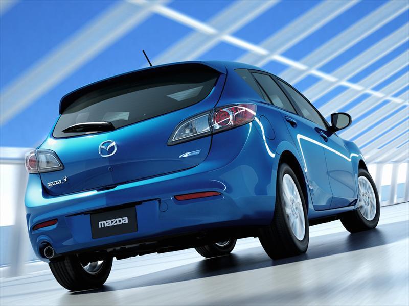 mazda 3 2013 hatchback manual