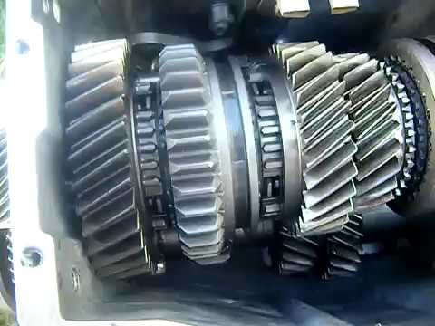 what is grinding gears in manual transmission